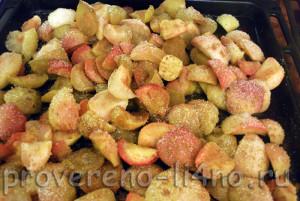 varenie-iz-fruktov-kusochkami
